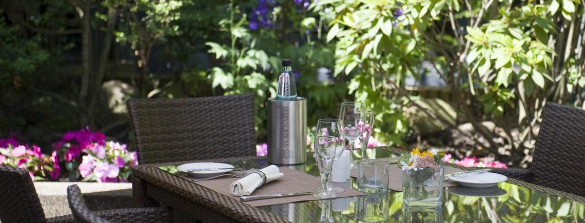Hotel Engel Hamburg Garten tagsüber 3